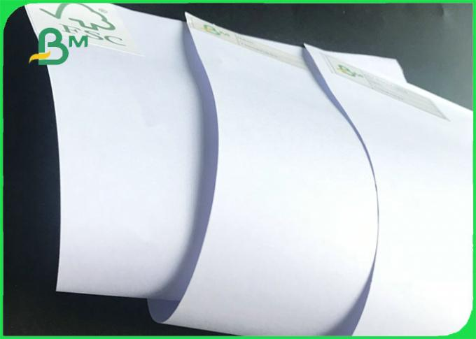 FSC Standard 53gsm White Uncoated Woodfree Paper 70 * 100cm Good ink absorption